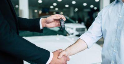 Vale a pena comprar um carro?